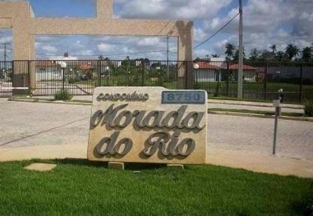 CASA EM CONDOMÍNIO DE ALTO PADRÃO, NA RODOVIA DOS NÁUFRAGOS