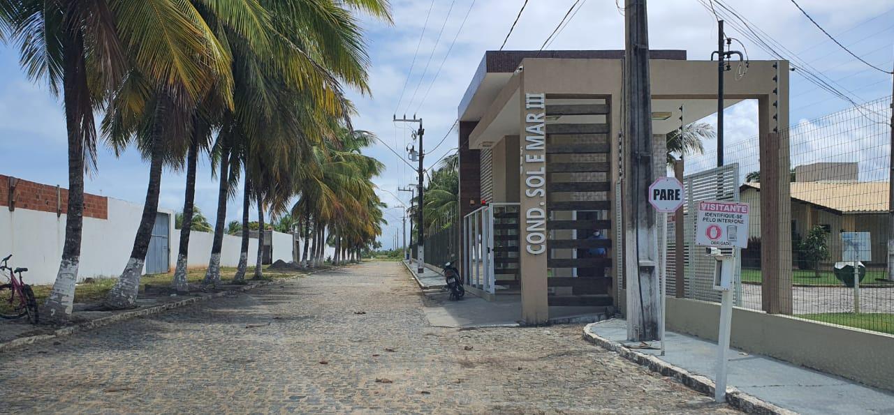 CASA COM PISCINA, NO COND SOL E MAR III, BAIRRO MOSQUEIRO