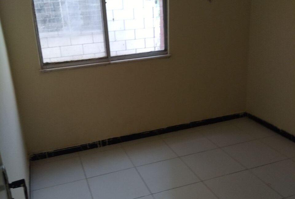 photo5080419868892833975