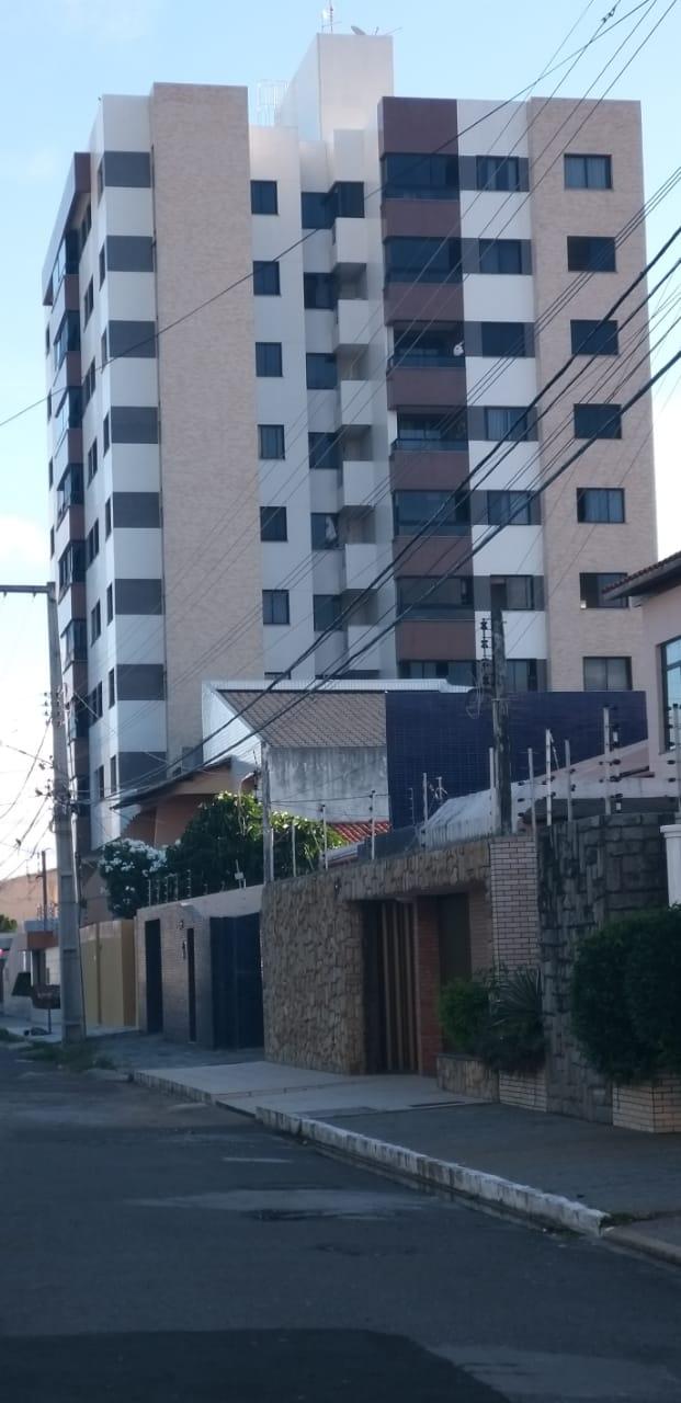 APARTAMENTO NO COND GRAN PALAZZO, BAIRRO FAROLÂNDIA