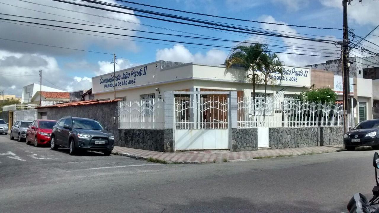CASA DE ESQUINA NO BAIRRO SÃO JOSÉ